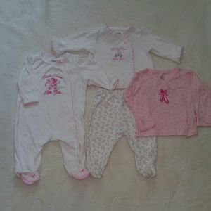 Baby girl outfits size 3m